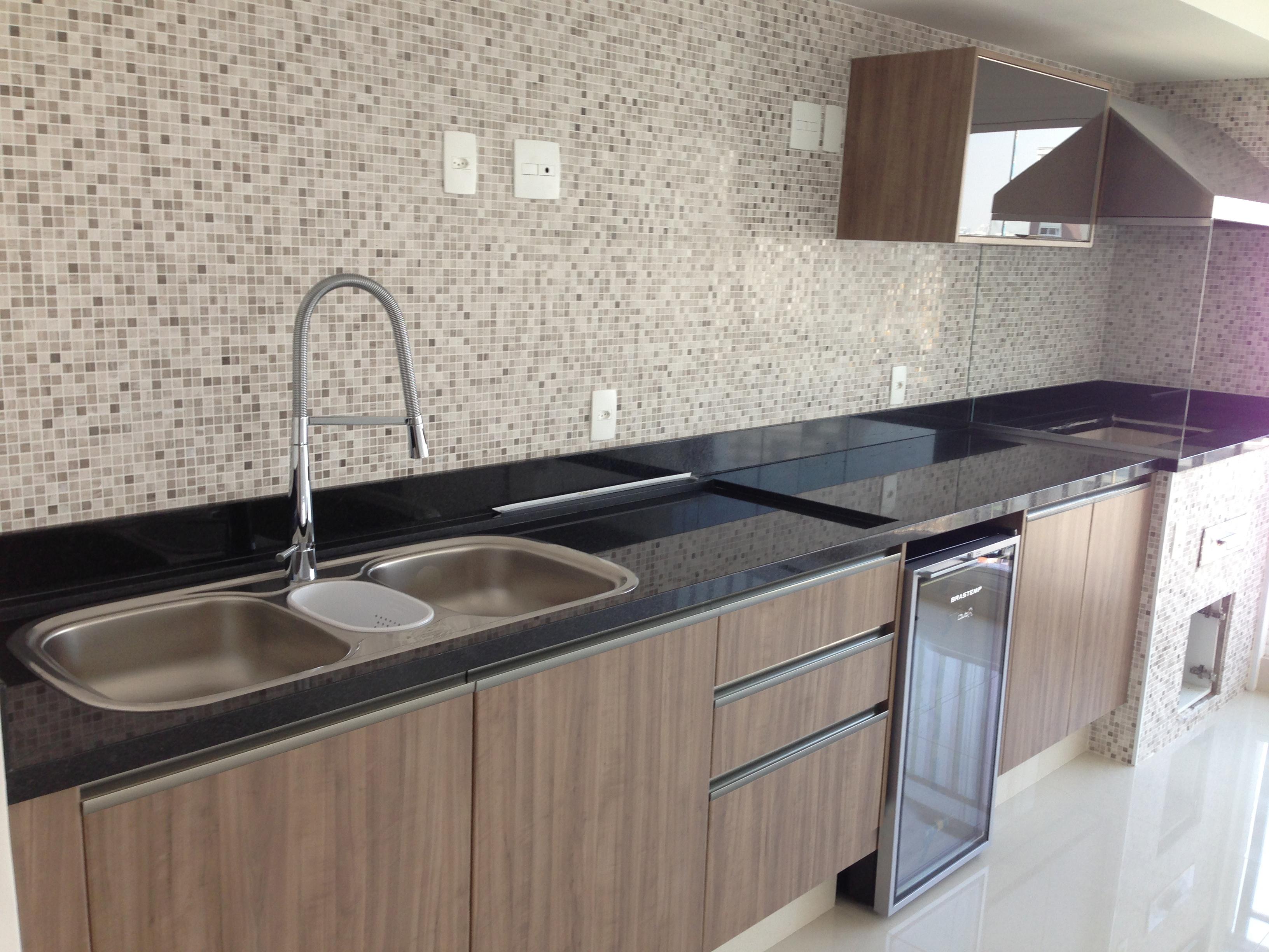 Granito e suas características em Marmoria em Guarulhos #725E4F 3264 2448
